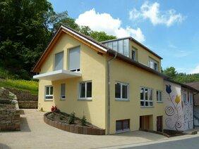 Haus mit Mineralputz und Mineralfarbe nahe Heilbronn