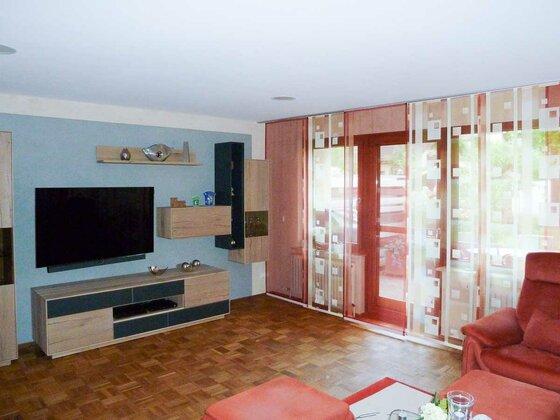 Wohnzimmerwände mit Kalkputz verputzt, Decke mit Gipskarton in Heilbronn