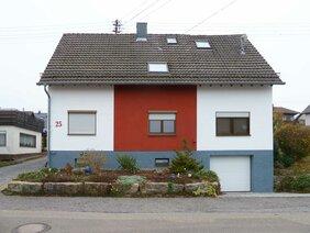 Hausfassade mit Fassadenbeschichtung