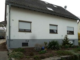 Hausfassade vor Fassadenbeschichtung
